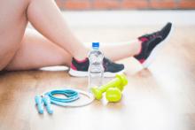Как подтянуть руки в домашних условиях: лучшие упражнения на трицепс для женщин